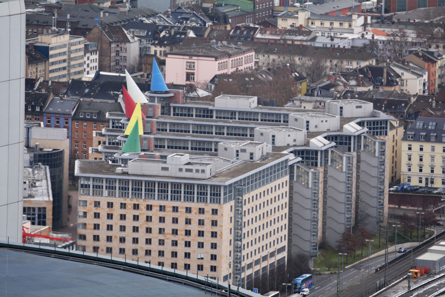 Die Selbstanzeige beim Finanzamt (hier Frankfurt): der Ausweg bei Schwarzgeld